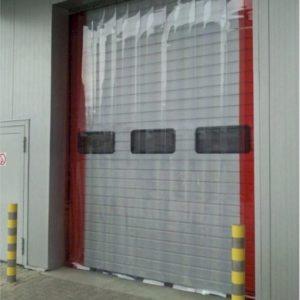 kurtyny paskowe zewnętrzne z folii PVC 300x3 mm STANDARD, pasy skrajne czerwone