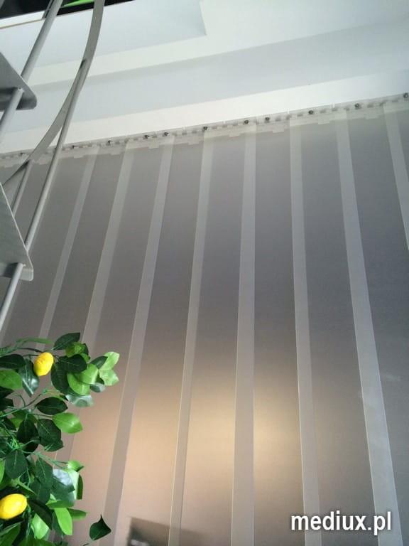 Kurtyna paskowa z folii PCV 200x2mm mało transparentnej mlecznej