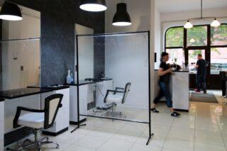 przegroda ochronna do salonu fryzjerskiego