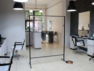 ekran ochronny w salonie fryzjerskim